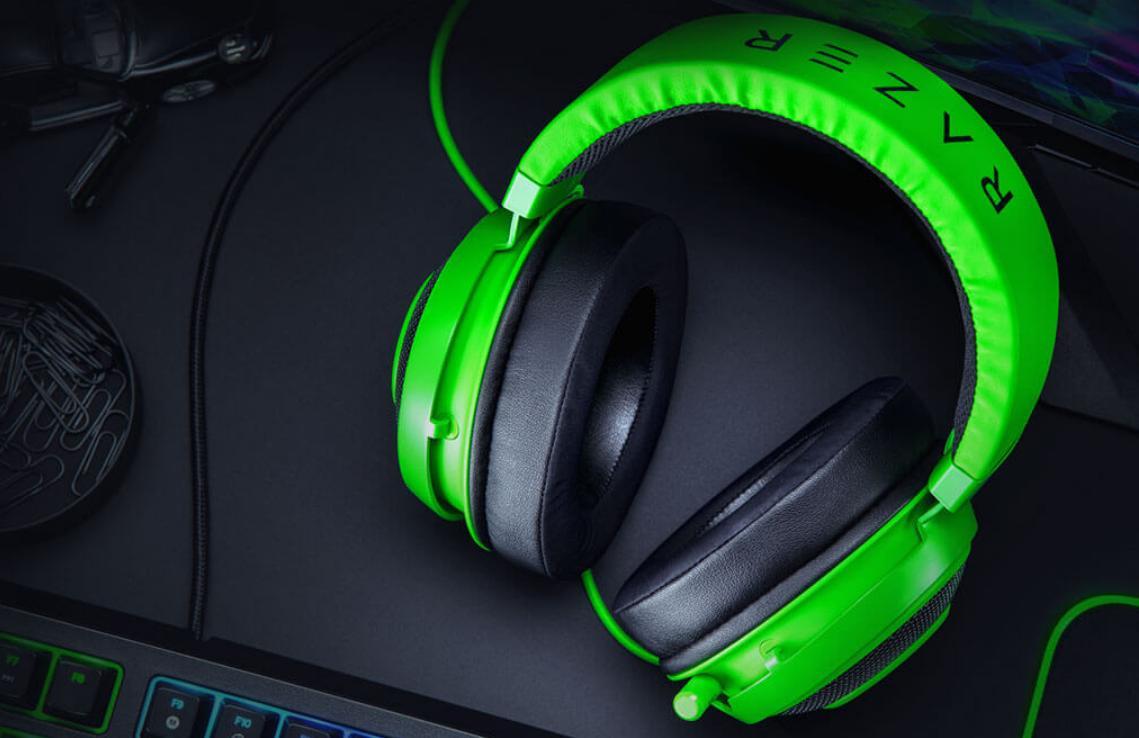Tai nghe Razer Kraken Multi Platform Wired Gaming Headset Quartz RZ04-02830300-R3M1 cho chất âm trong treo