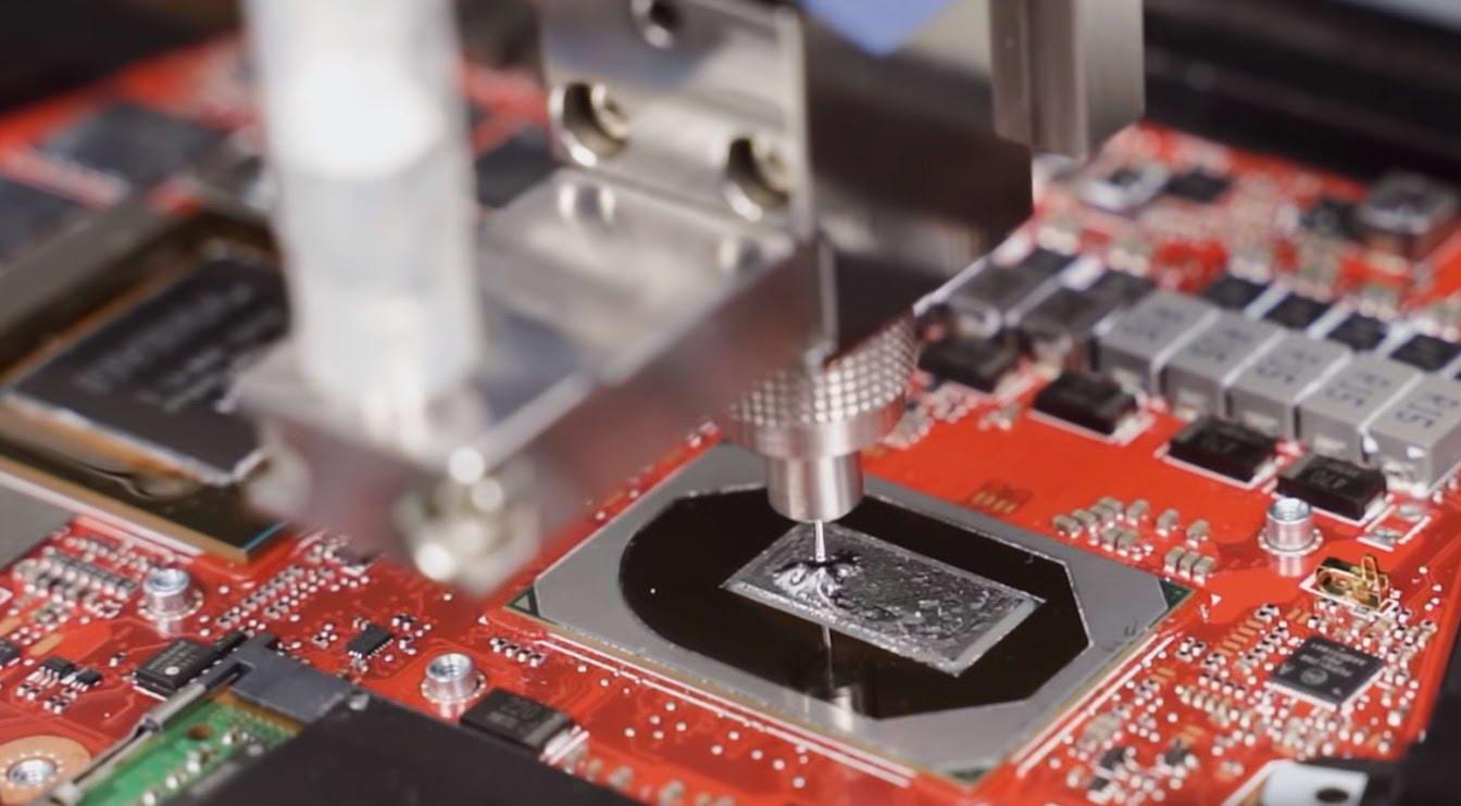 Asus Gaming ROG Strix Scar G533QR tản nhiệt khủng