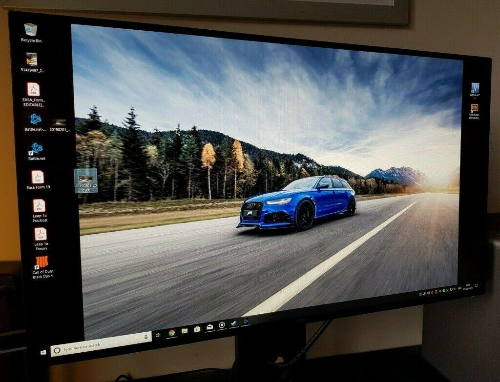 Màn hình Dell Ultrasharp U2518D mặt trước