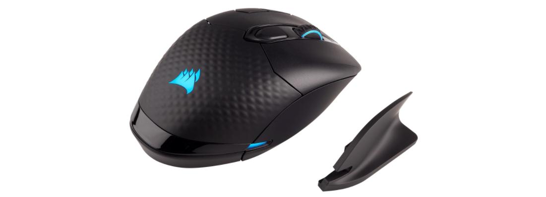 Chuột chơi game Corsair Dark Core Wireless RGB SE có thiết kế thích hợp cho nhiều form tay