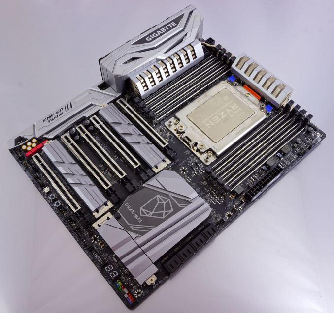 Mainboard Gigabyte X399 Designare EX
