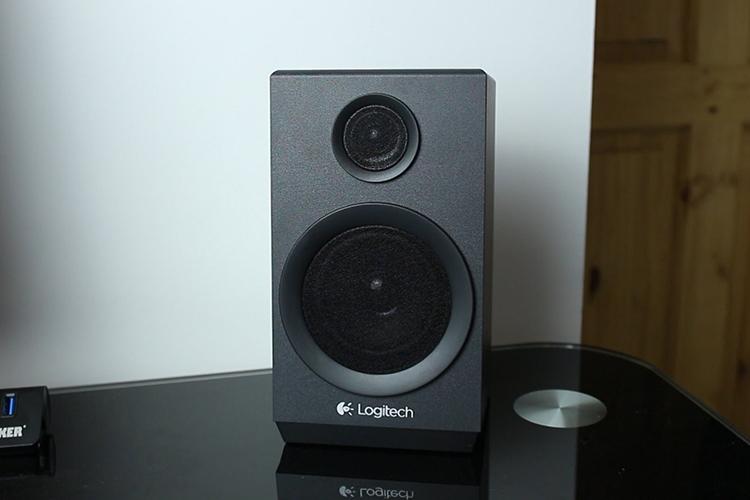 Loa Logitech Z333 river bass lên tới 5inch tạo nên âm bass khủng