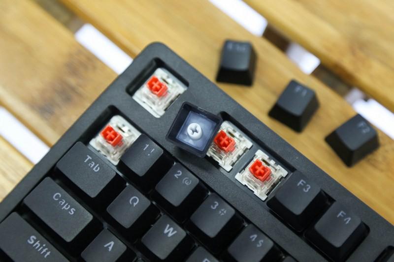 Bàn phím cơ E-Dra EK387 Mechanical Gaming Outemu Blue switch led RGB sử dụng keycap doubleshot bền bỉ