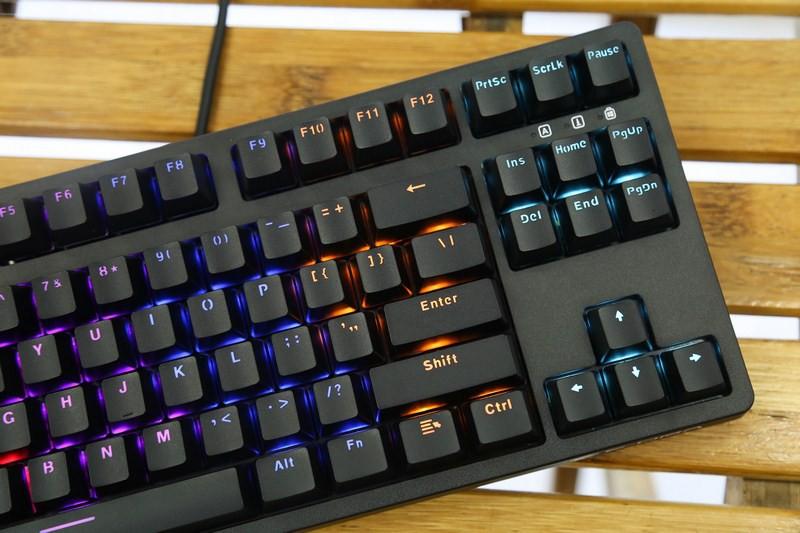Bàn phím cơ E-Dra EK387 Mechanical Gaming Outemu Blue switch led RGB trang bị dải led 7 màu tuyệt đẹp