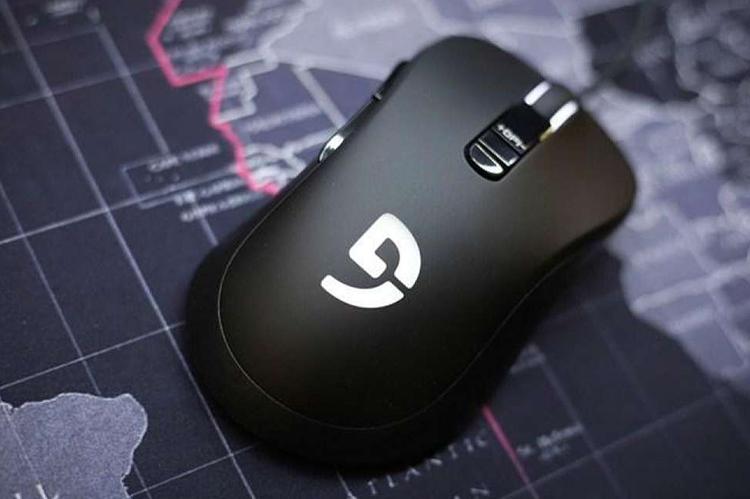 Chuột Fuhlen Nine Series G19S Gaming Black USB có thiết kế cầm nắm thoải mái