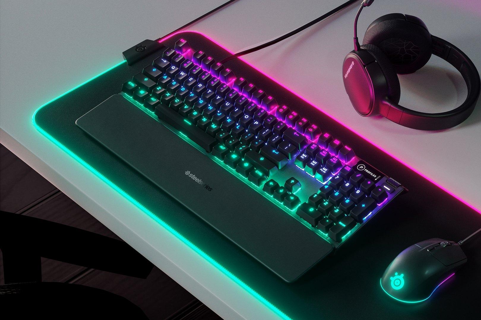 Bàn phím cơ SteelSeries APEX 5 RGB Hybrid switch Mechanical Gaming Black trang bị kê tay tiện lợi