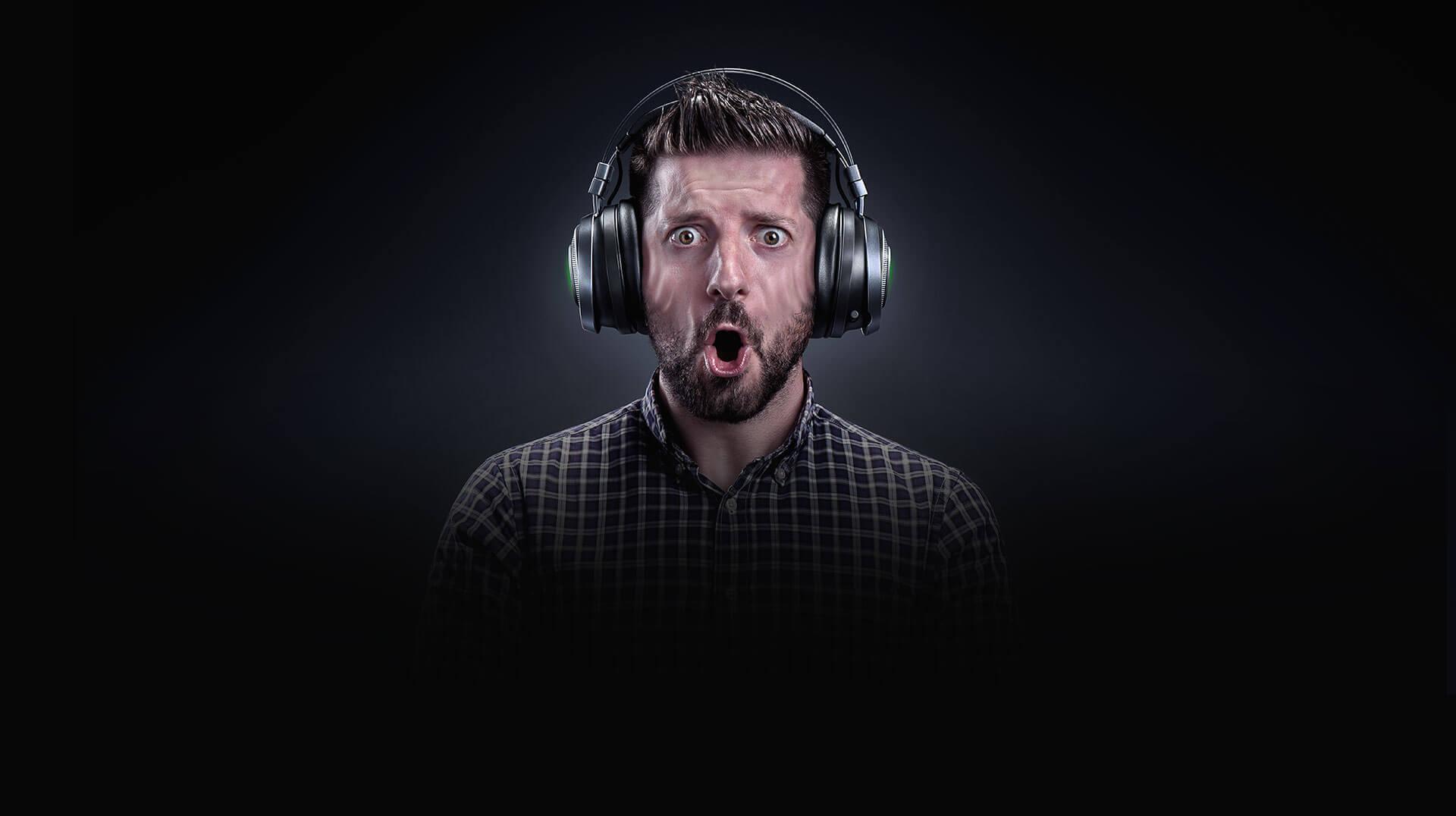 Tai nghe gaming không dây Razer Nari Ultimate PewDiePie Edition (RZ04-02670300-R3M1) tích hợp công nghệ phản hồi cao cấp