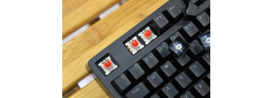Bàn phím cơ E-Dra EK3104 Mechanical Gaming Outemu Brown switch White Case Blue Led USB sử dụng switch outemu có độ bền cao