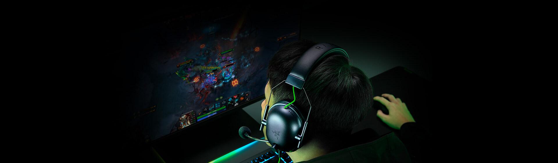 Tai nghe Razer BlackShark V2 X - Wired Gaming Headset - RZ04-03240100-R3M1 có tính năng cách âm thụ động tiên tiến