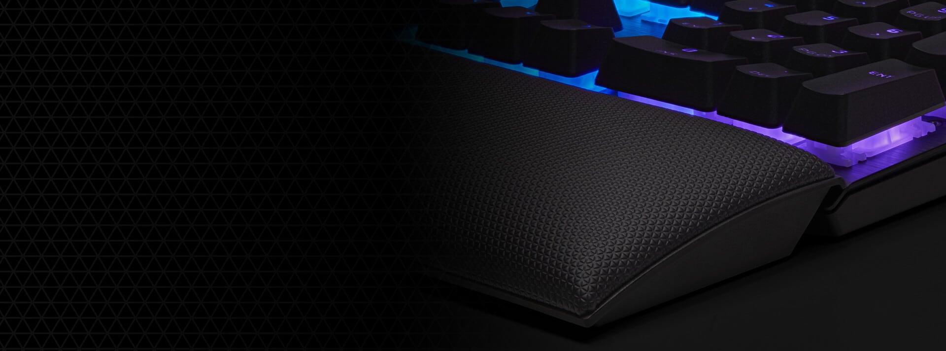 Bàn phím Corsair K60 PRO SE (USB/RGB LED/Cherry MX Viola) (CH-910D119-NA) tích hợp kê tay chống mỏi tiện lợi