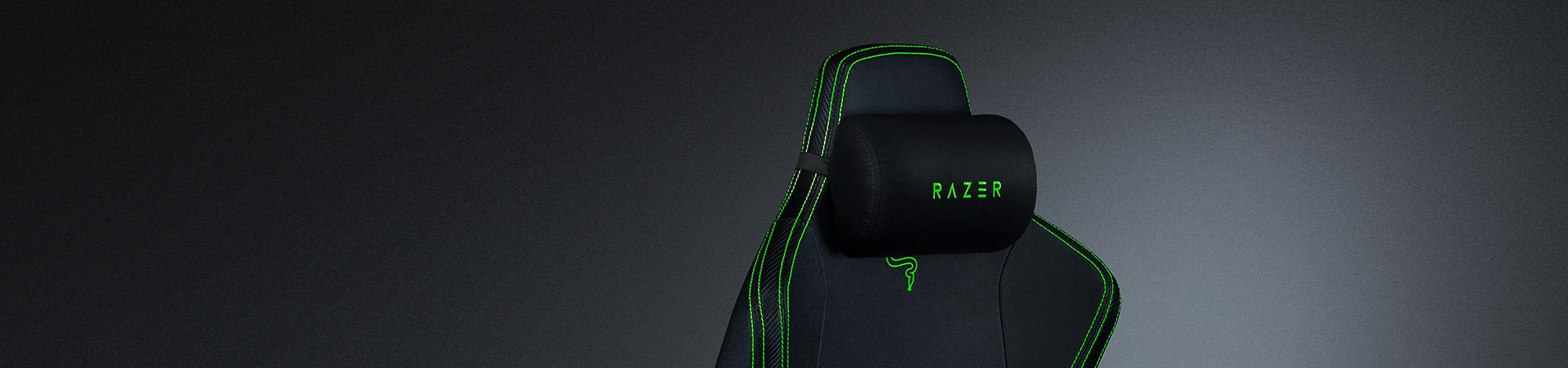 Ghế game Razer Iskur Gaming Chair w/ Lumbar Support  đi kèm gối memory foam vô cùng mềm mại và thoải mái