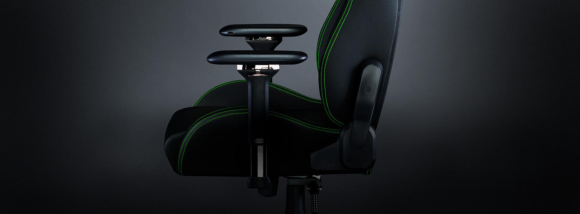 Ghế game Razer Iskur Gaming Chair w/ Lumbar Support  trang bị tay ghế 4d