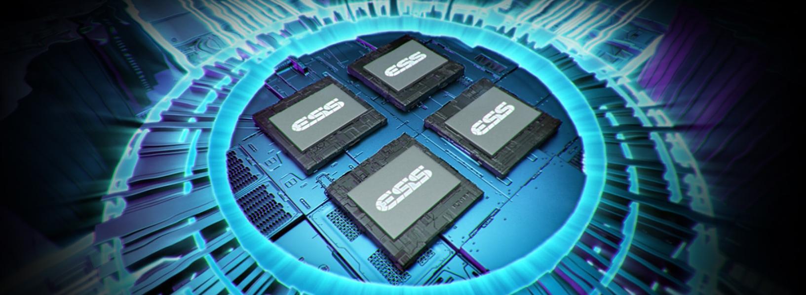 Tai nghe Asus ROG Delta Gundam LTD tích hợp chip xử lý âm thanh cao cấp