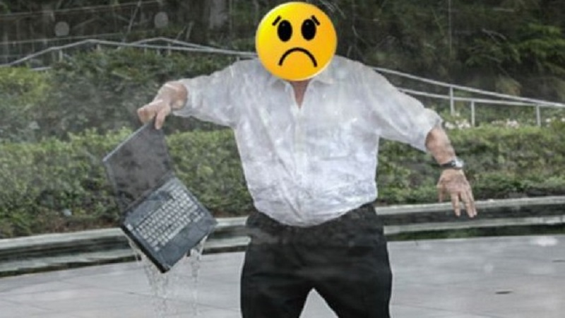 Mẹo bảo quản máy tính trong mùa mưa dễ dàng