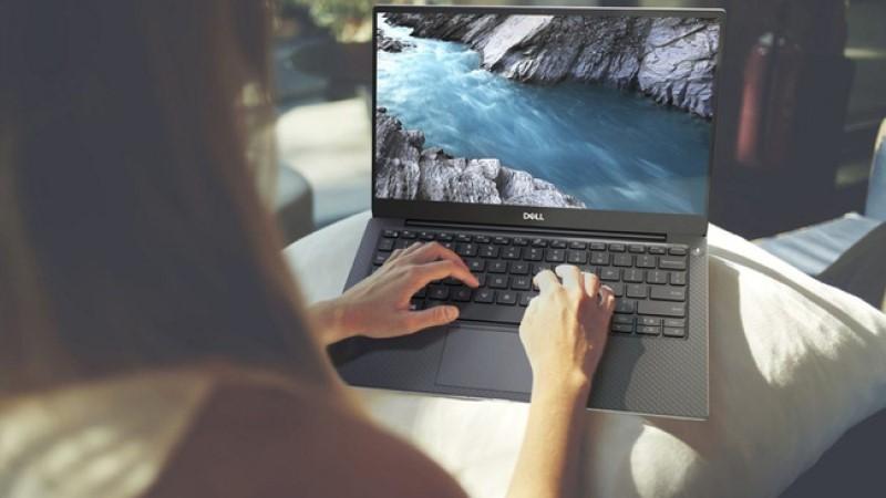 Laptop Dell loại nào tốt bán chạy nhất tại HACOM?